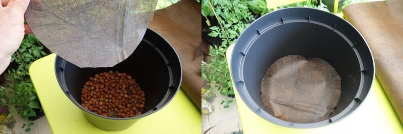 On replace une couche de feutre au dessus des billes d'argile pour éviter que le terreau ne se mélange aux billes et empêche le drainage
